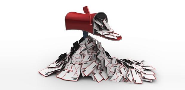 caixa de correios lotada