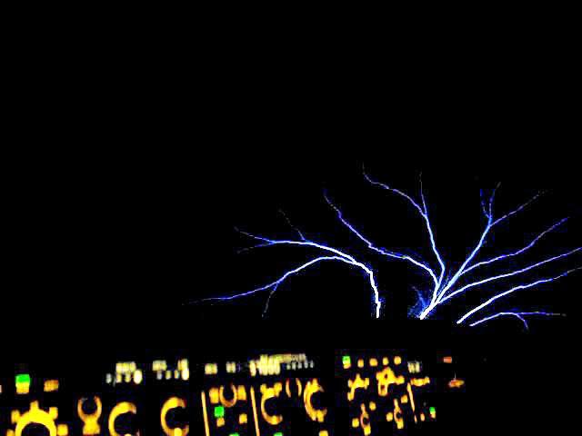 Fogo-de-Santelmo (foto do site voo virtual, veja mais nesse vídeo)