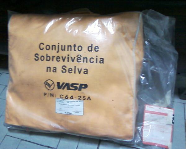 Kit de sobrevvência na selva da VASP. Foto: ViniRoger.