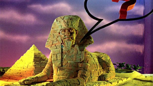 """""""Tempo! (tic tac tic tac...)"""" Para quem lembra do programa """"Rá Tim Bum"""" da TV Cultura, que tinha uma esfinge que propunha um enigma e dava tempo para o telespectador pensar. A lenda egípcia dizia que as esfinges protegiam as riquezas das tumbas dos faraós contra os saqueadores fazendo perguntas que só se fosse um verdadeiro egípcio poderia passar com vida."""