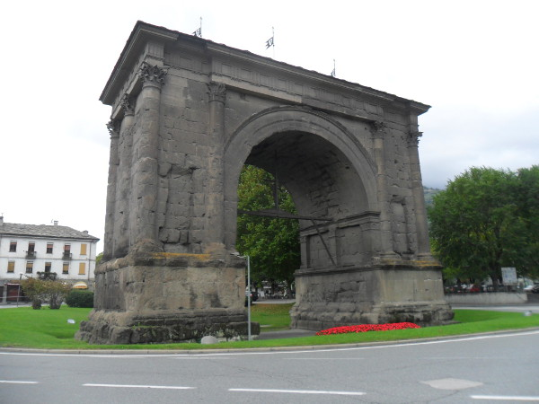 Arco de Augusto (Aosta, Itália). Foto: ViniRoger.
