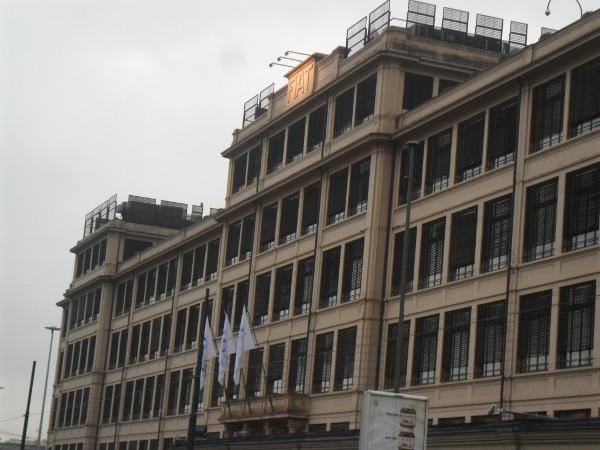 Edifício Lingotto (antiga fábrica da FIAT). Foto: ViniRoger.