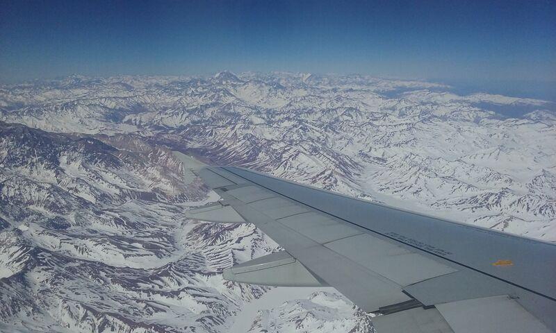 Cordilheira dos Andes vista do avião (região propícia a turbulência). Foto: Vitor Carvalho Pinto.
