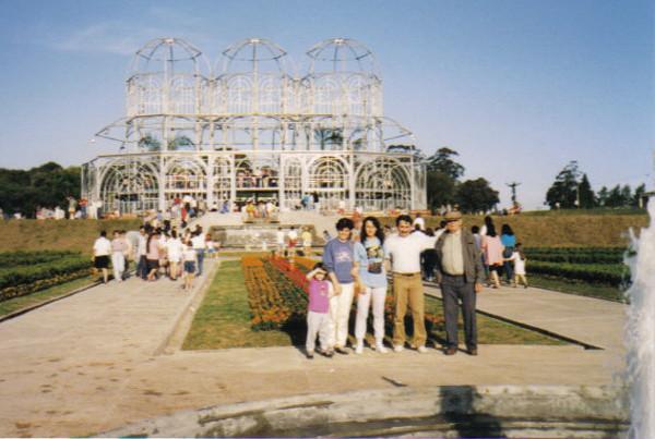 Construção da estufa do Jardim Botânico (dezembro de 1988). Foto: Maria Roggério.