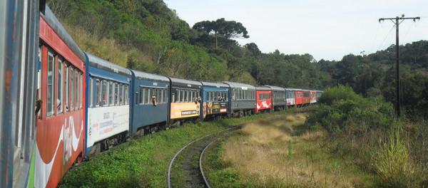 Vagões do trem Paranaguá - Curitiba. Foto: ViniRoger.