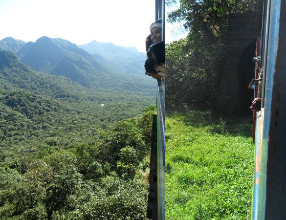 Viaduto do Carvalho e túnel que existe logo antes. Fotos: ViniRoger.