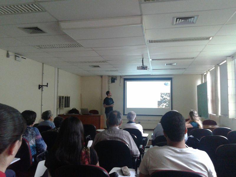 """Palestra """"Meteorologia e Aviação"""". Foto: Prof. Marcelo Rodrigues."""