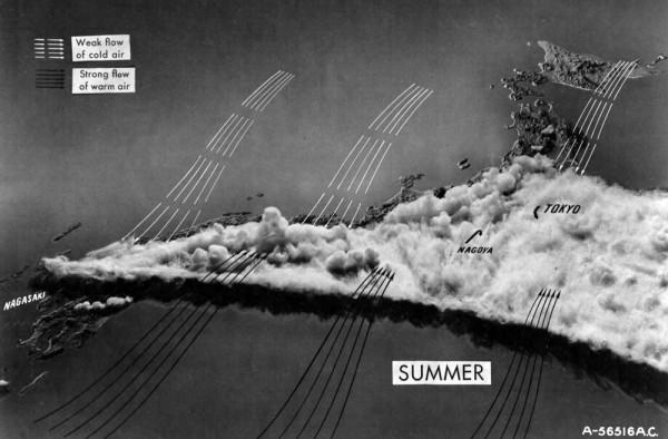 Mapa feito no início de 1945 com padrões climáticos de verão no Japão. Produzido pela USAAF's IMPACT magazine via Fold3.com