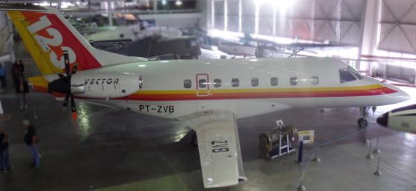 CBA-123 Vector exposto no Museu Aeroespacial (Rio de Janeiro). Foto: ViniRoger