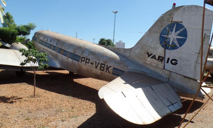 Avião DC-3 da Varig doado ao Museu Eduardo Matarazzo. Foto: ViniRoger