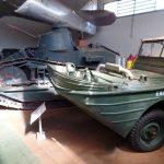 Carro de combate e carro anfíbio