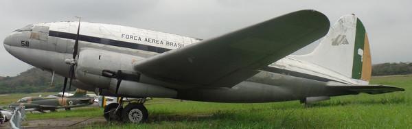 C-46 comando exposto no MUSAL (FAB 2058). Foto: ViniRoger