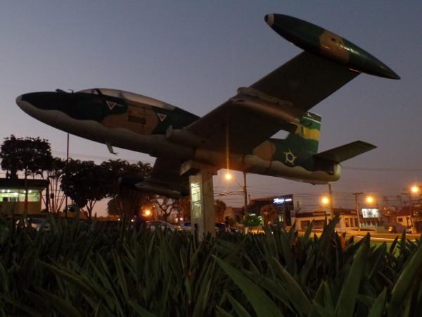 Avião Xavante exposto em Vinhedo/SP. Foto: ViniRoger
