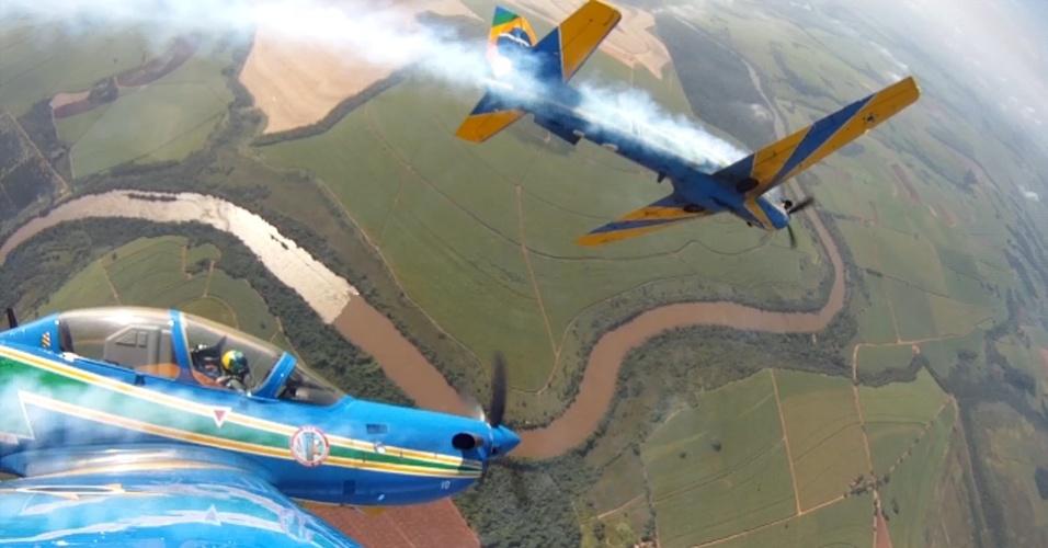 Aviões da Esquadrilha da Fumaça. Foto: FAB Divulgação
