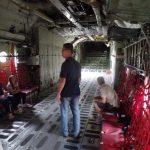 Interior de um C-130H Hércules