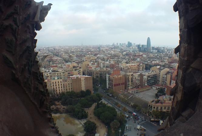 Horizonte de Barcelona a partir de torre da Sagrada Família. Foto: ViniRoger