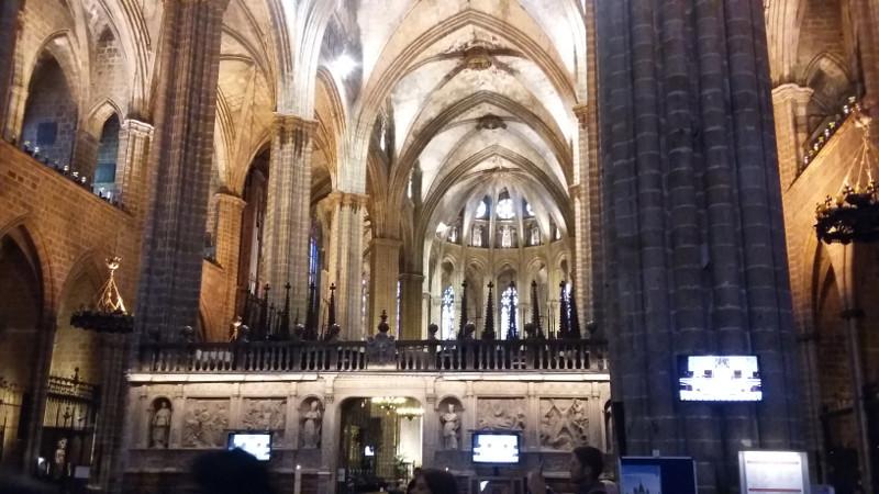 Interior da Catedral de Barcelona. Foto: ViniRoger