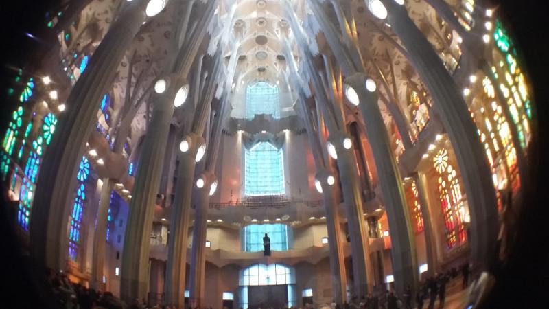 Interior da Sagrada Família. Foto: ViniRoger