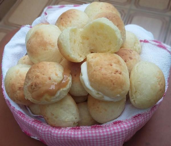 paes de queijo