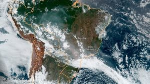 satelite fumaca