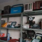 Louças, equipamentos aeronáuticos e meteorológicos