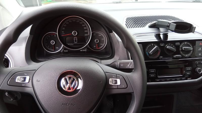 Painel do Volkswagen up! Foto: ViniRoger