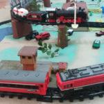 Trem elétrico e Locomotiva à vapor