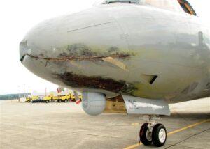 Avião neozelandês atingido por um raio enquanto voava no Canadá, em junho de 2009. Fonte: Stuff/NZ