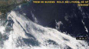 Imagens do satélite GOES-16 do dia 12/09/2020 mostrando trem de nuvens entre Iguape e Cananeia. Fonte: NASA
